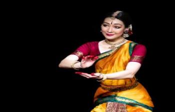 Kassiyet Adilkhankyzy bharatanátjam táncelőadása / Bharatanatyam dance performance by Kassiyet Adilkhankyzy