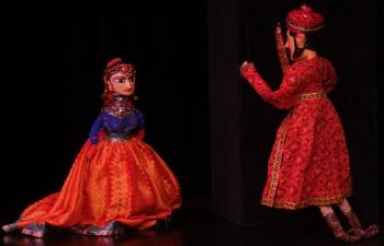 Kathputlí puppet show