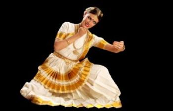 Hegedűs Brigitta móhiníáttam táncelőadása / Mohiniattam dance performance by Brigitta Hegedűs