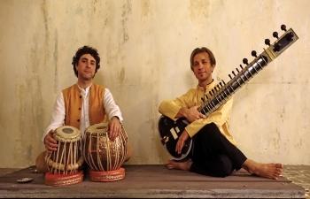 Stepan Christanov szitárművész és Yuri Lebedev tablaművész