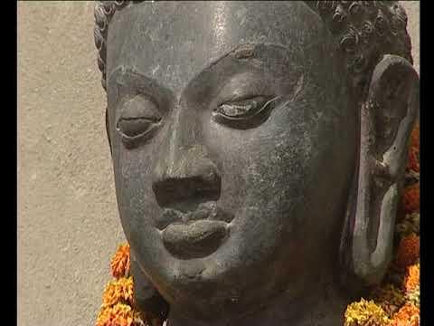 Vészákh ünnepe - Emlékezés a Buddha születésére, megvilágosodására és parinirvánába térésére