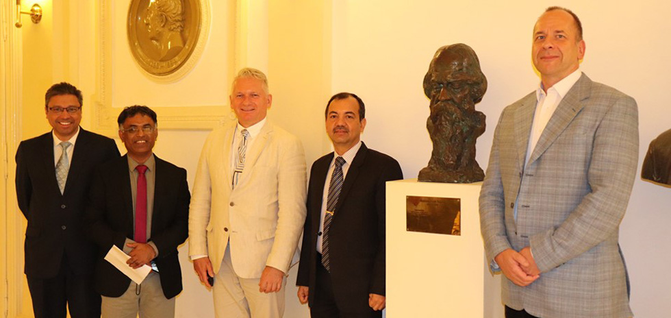 Remembering the great poet, Rabindranath Tagore on his birth anniversary, 7 May. Ambassador Kumar Tuhin with Dr. László Borhy, Rector of ELTE University and Dr. Gábor Sonkoly, Dean of the Faculty of Humanities, accompanied by Mr. T.P.S. Rawat, Second Secretary and Dr. Ramachandra Byrappa, Professor at the Department of Modern and Contemporary History, ELTE.