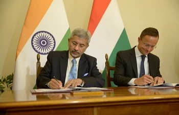 Cultural Exchange Programme between India and Hungary signed by EAM Dr. S. Jaishankar & Foreign Minister of Hungary Mr. Peter Szijjarto.