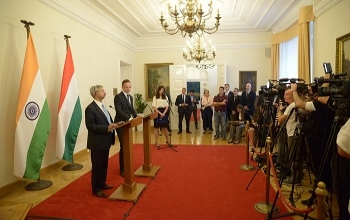 EAM Dr. S. Jaishankar & Foreign Minister of Hungary Mr. Peter Szijjarto jointly addressed the Press Conference