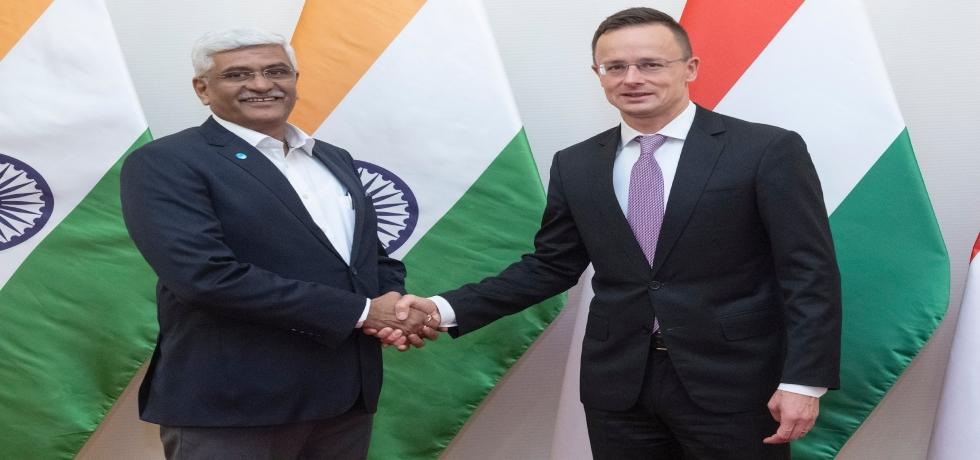 Hon'ble Minister of Jal Shakti Shri Gajendra Singh Shekhawat visited Hungary